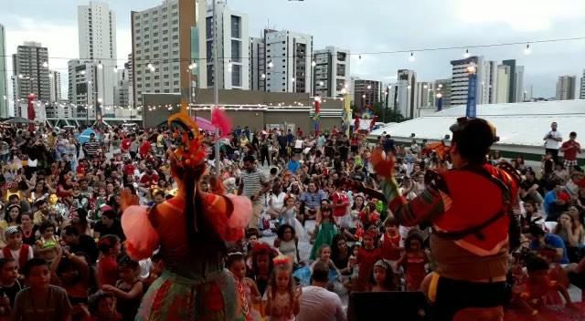 Que lindo, galeraaaa!! Nosso último show no _shoppingrecife nessa temporada de Carnaval
