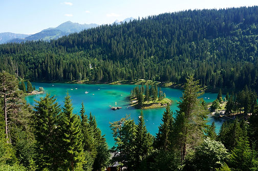Switzerland_Scenery_Lake_476273.jpg