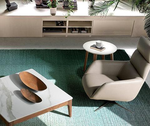 Sillón giratorio tapizado polipiel modelo 5048