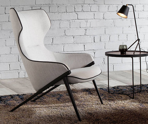 Sillón tapizado tela gris ribetes negros modelo 5009