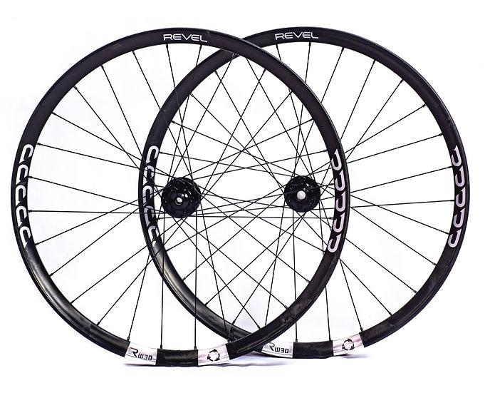 Revel RW Rim/ Industry 9 1/1 hub wheel