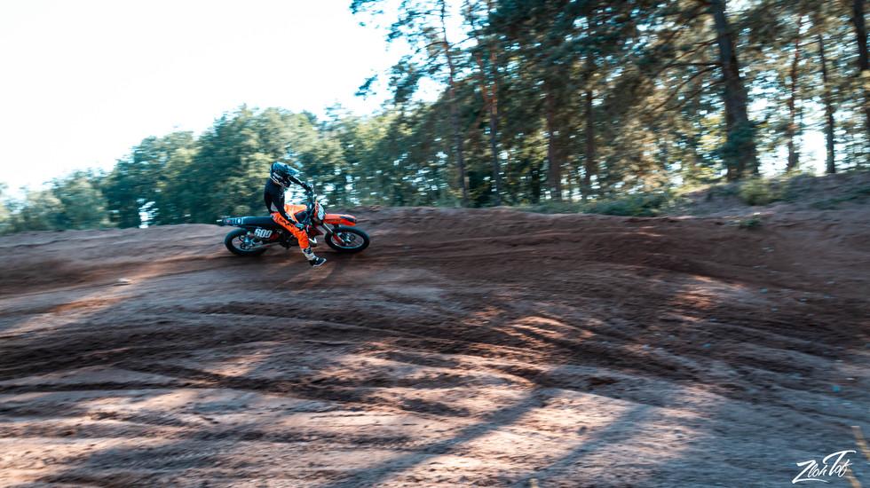 Motocross-9.jpg