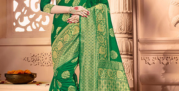 Uniqe Style Pretty Designer Green Colored Heavy�Weaved Saree with Blouse