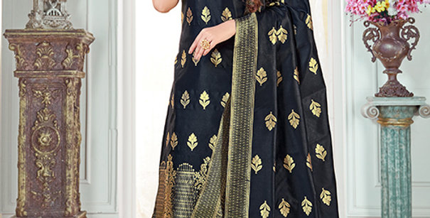 Pretty Causal Wear Black Color Straight Salwar Suit