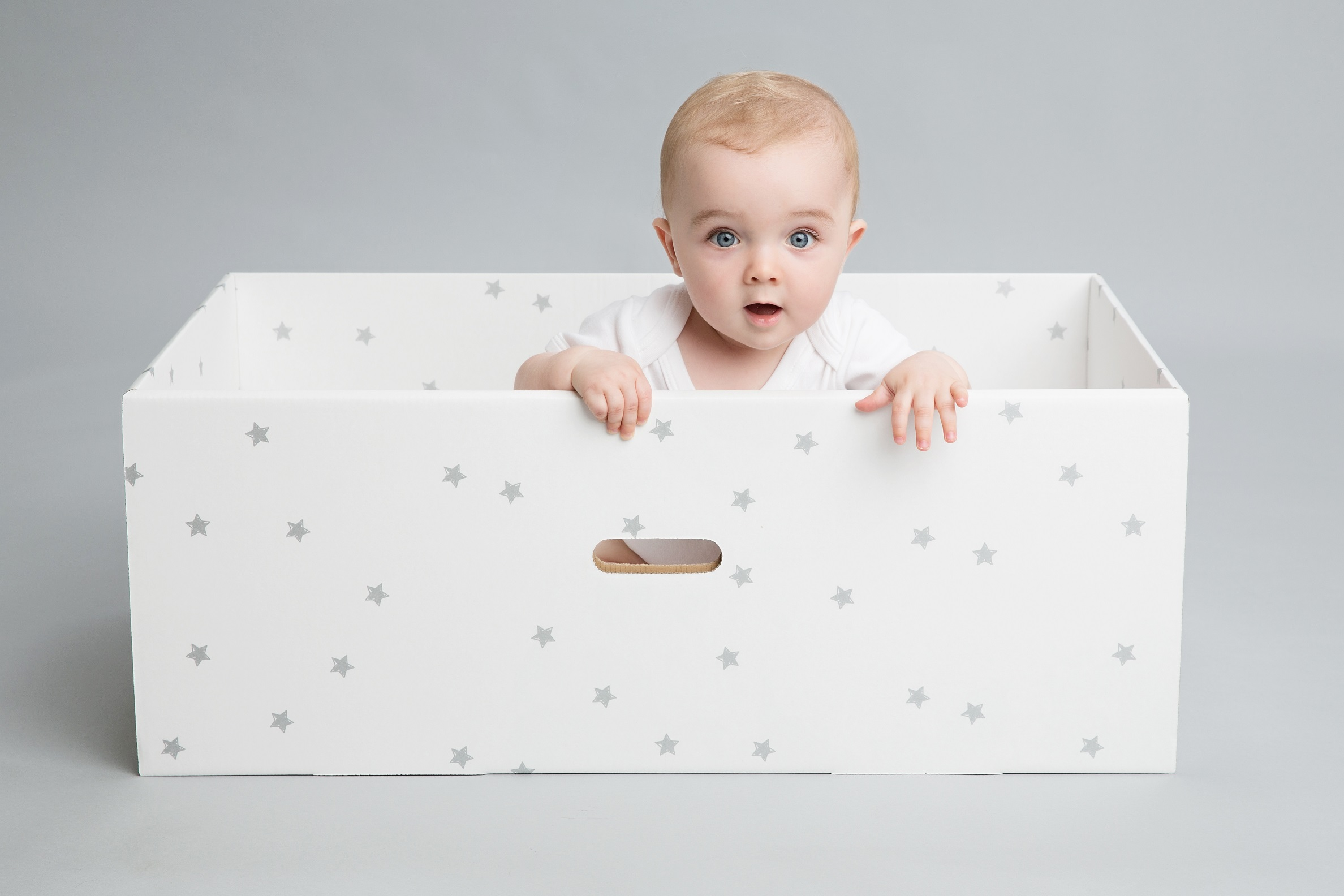 British Baby Box A Safe Amp Portable Way For A Child To