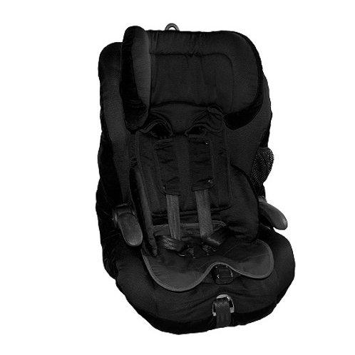 מגן מושב לרכב של ברולי מונח על כסא בטיחות
