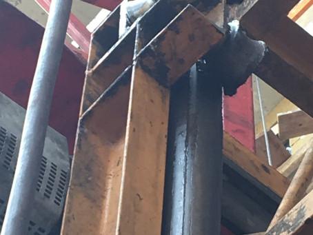 Мачтовый подьемник SC200 Китай обзор агрегатов. Недостатки и преимущества подъёмника CJJ Китай.