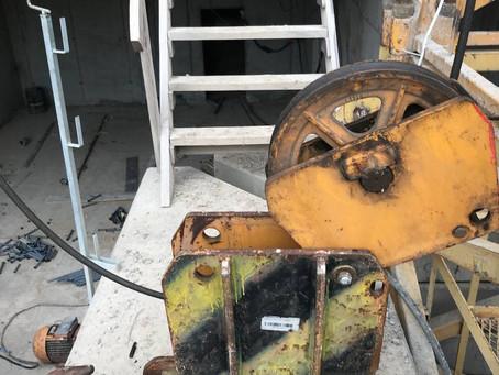 Сервис крюковой обоймы башенного крана Liebherr 112 EC