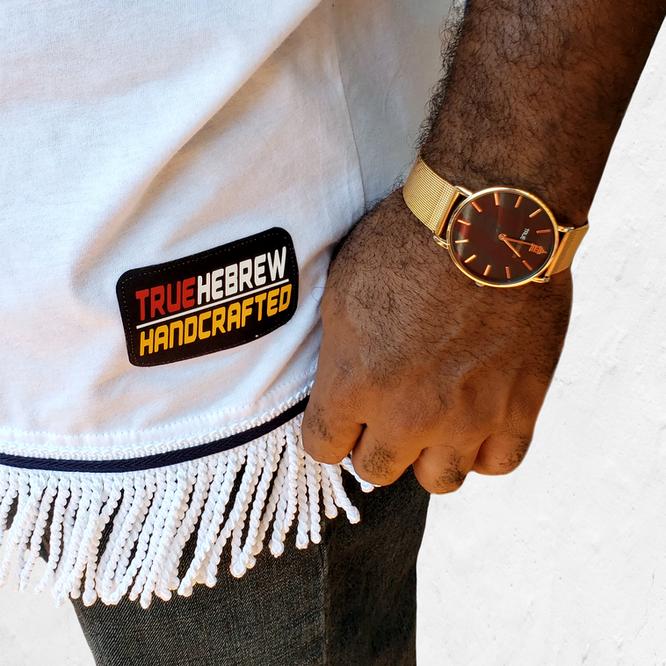 Model with True Hebrew Watch.png