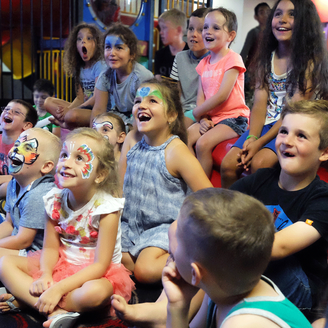 Kids Magician Entertainer 2
