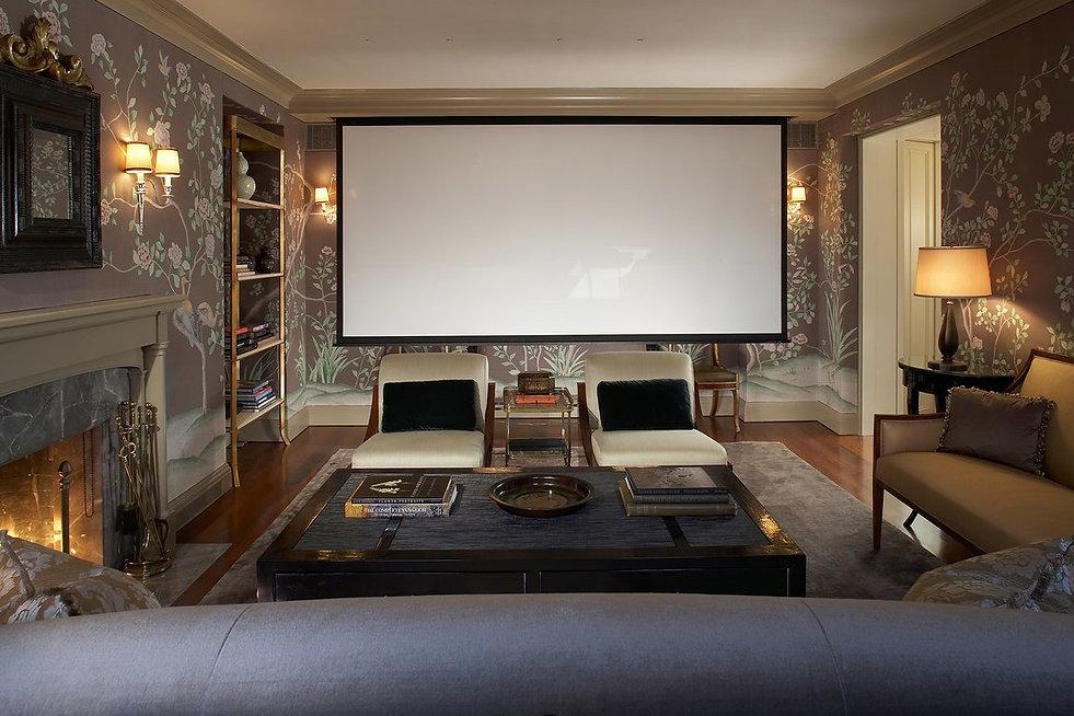 лучший в мире встраиваемый домашний кинотеатр Steinway Lyngdorf, самая качественная встаиваемая акустика