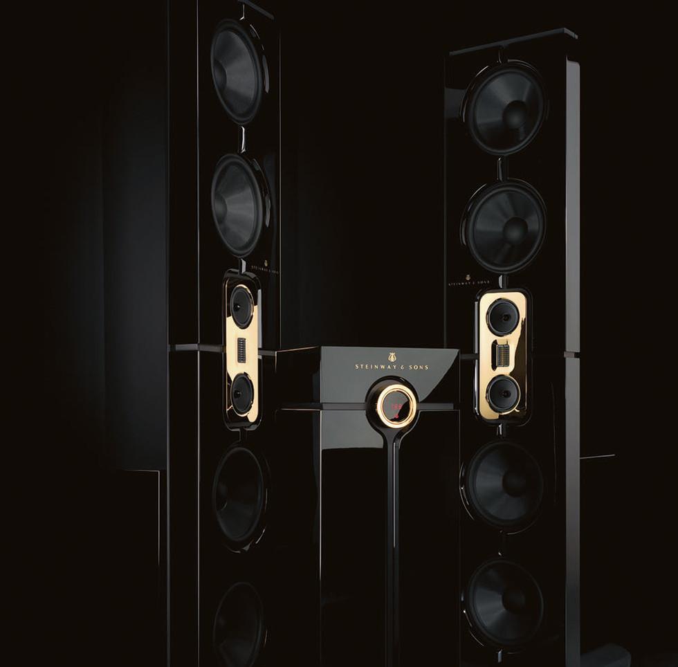 Steinway Lyngdorf Model D - лучшая полная стерео система. Полнодиапазонные дипольные акустические системы