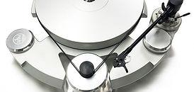 Zavfino Turntable ZV8 - проигрыватель виниловых пластинок с тонармом. Оригинальный дизайн и высококе качество звучания.