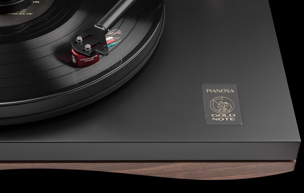 Pianosa macro 3.jpg