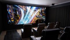 Новые акустические системы Steinway Lyngdorf для больших домашних кинозалов.