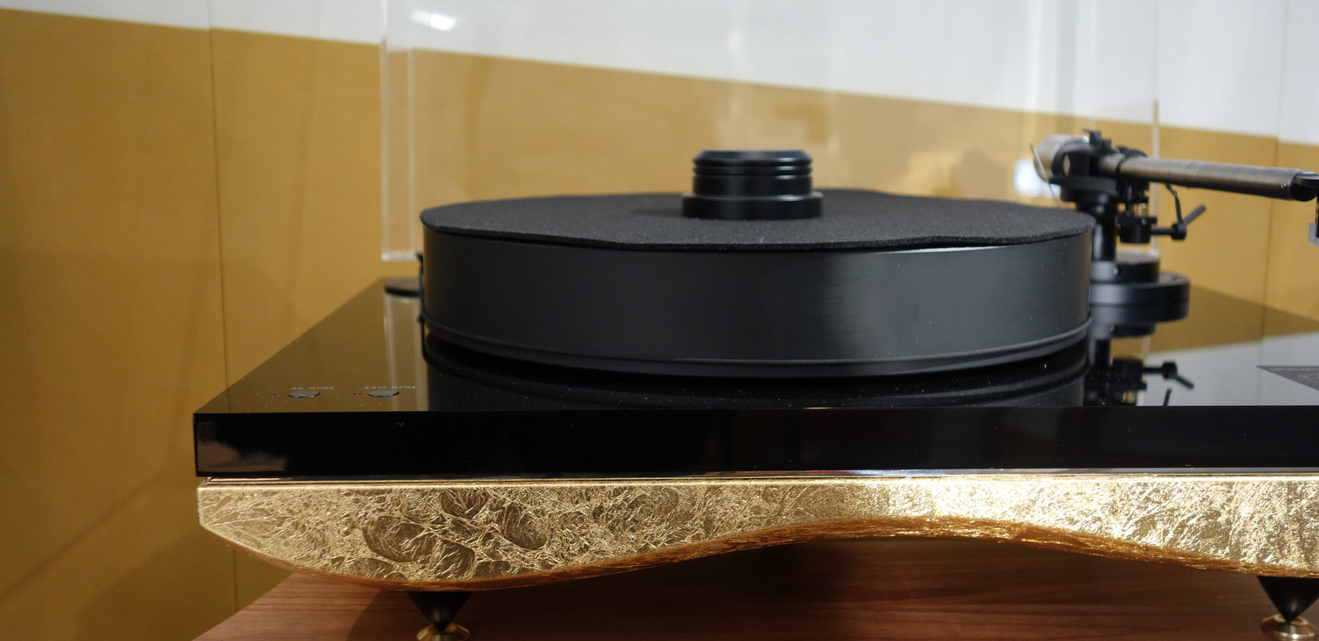 Gold-Note-Mediterraneo-turntable-Gold.jp