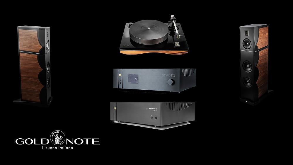 High-End стерео комплект от компании Gold Note: проигрыватель пластинок, фонокорректор-предусилитель, усилитель мощности, акустические системы.