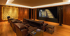 Steinway Lyngdorf Model LS. Лучшие в мире акустические системы для больших помещений и помещений с подиумами.