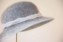 Little Gotty ナチュラルグレー シャポーチホレーヌ鎌倉 ハンドフェルフェルト帽子