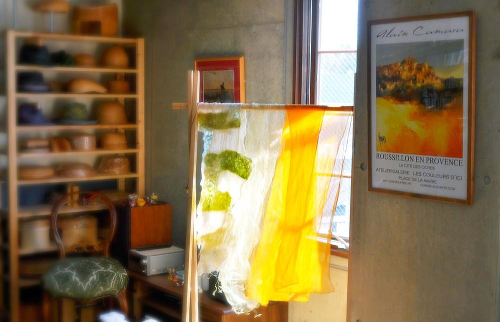 草木染め 玉ねぎの皮 センダン 布フェルト Roussillon