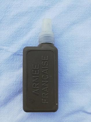 Burette d'huile armée française