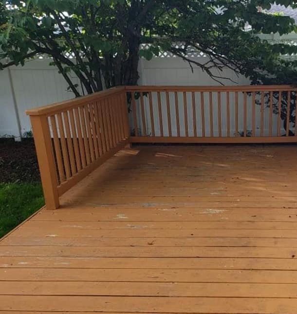 Dix Hills NY, Deck Painting Before