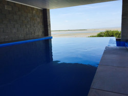 infinty pool