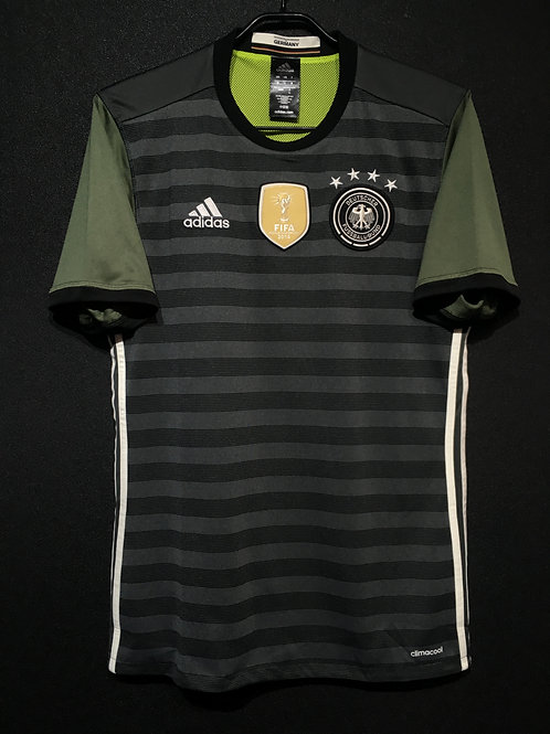 【2016/17】 / Germany / Away