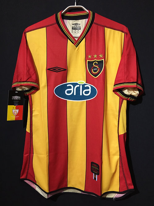 【2002/03】 / Galatasaray S.K. / Home
