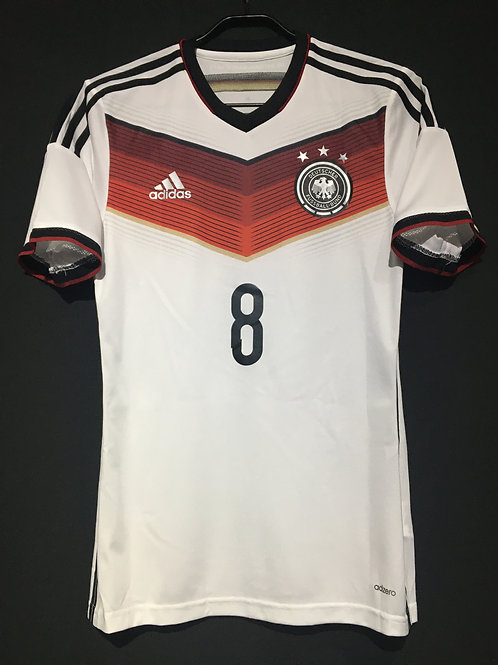 【2014】 / Germany / Home / No.8 OZIL / Authentic