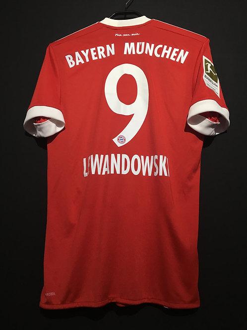 【2017/18】 / FC Bayern Munich / Home / No.9 LEWANDOWSKI