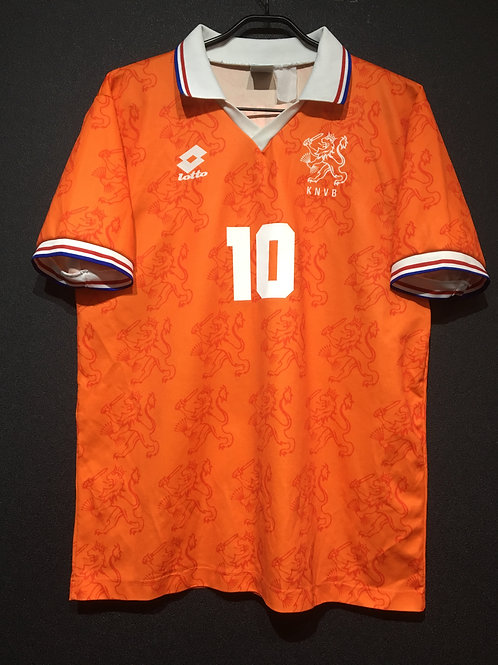 【1994/95】 / Netherlands / Home / No.10 BERGKAMP / less-expensive