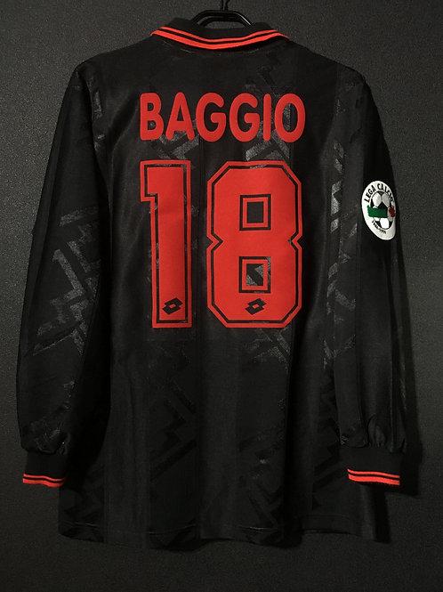 【1996/97】 / A.C. Milan / 3rd / No.18 BAGGIO