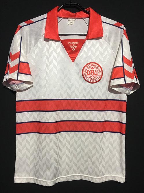 【1988/89】 / Denmark / Away