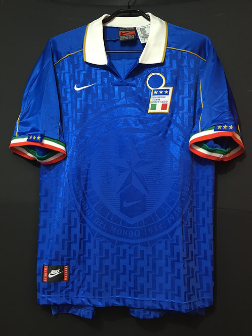 【1995】 / Italy / Home