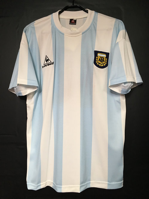 【1986】 / Argentina / Home / No.10 / Reproduction type2