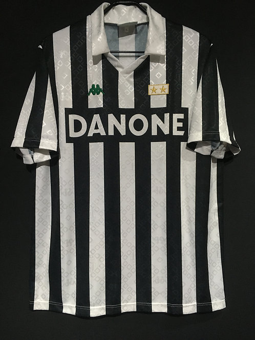 【1993/94】 / Juventus / Home / No.10