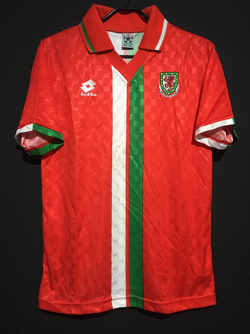 【1996/97】 / Wales / Home