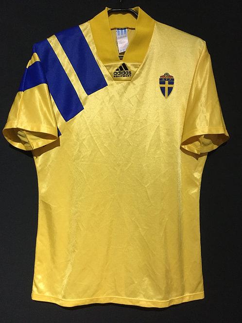 【1992/93】 / Sweden / Home