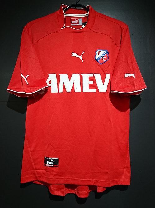 【2003/04】 / FC Utrecht / Home
