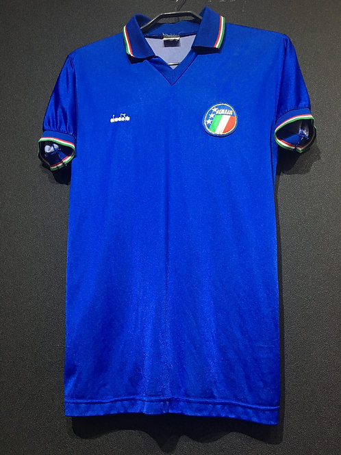 【1988/89】 / Italy / Home