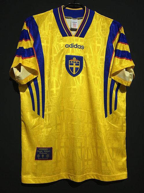 【1996/97】 / Sweden / Home