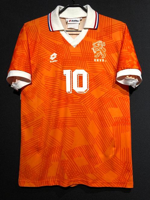 【1992】 / Netherlands / Home / No.10 GULLIT