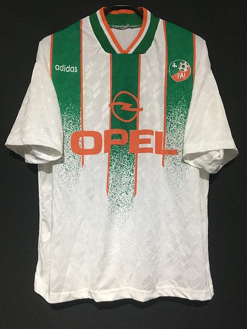 【1994】 / Republic of Ireland / Away