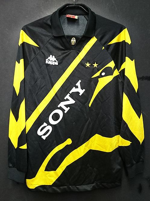 【1996/97】 / Juventus / 3rd