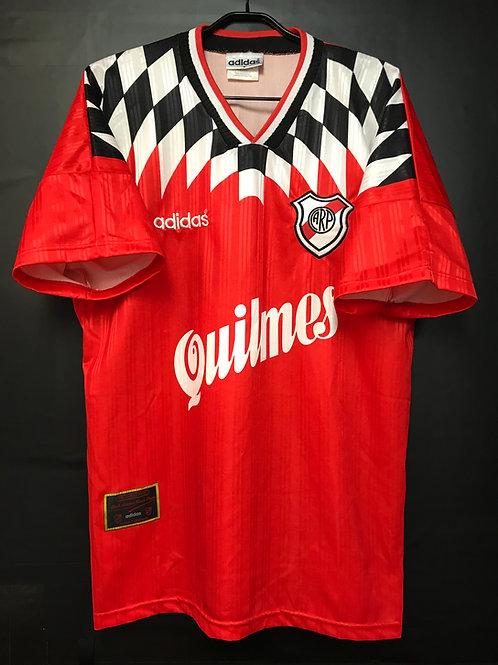 【1995/96】 / River Plate / Away