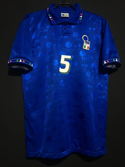 【1994】 / Italy / Home / No.5 MALDINI / Made in Japan / Player Issue