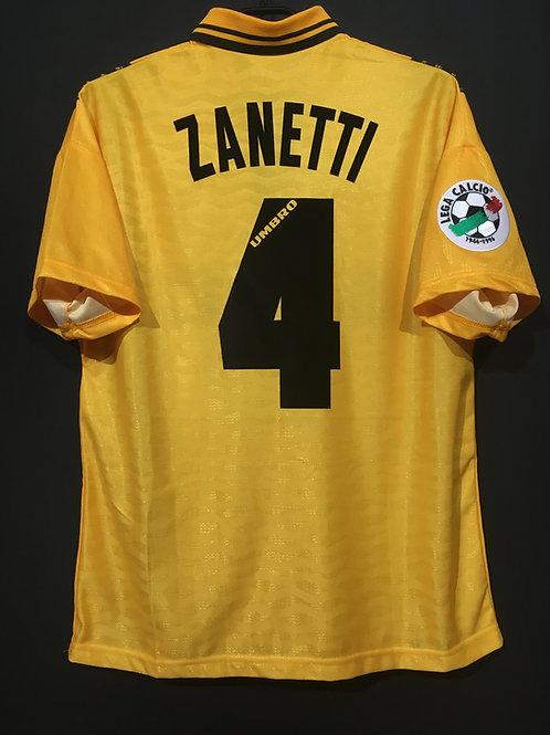 【1996/97】 / Inter Milan / 3rd / No.4 ZANETTI