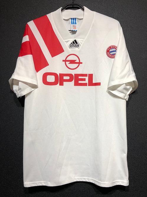 【1991/93】 / FC Bayern Munich / Away