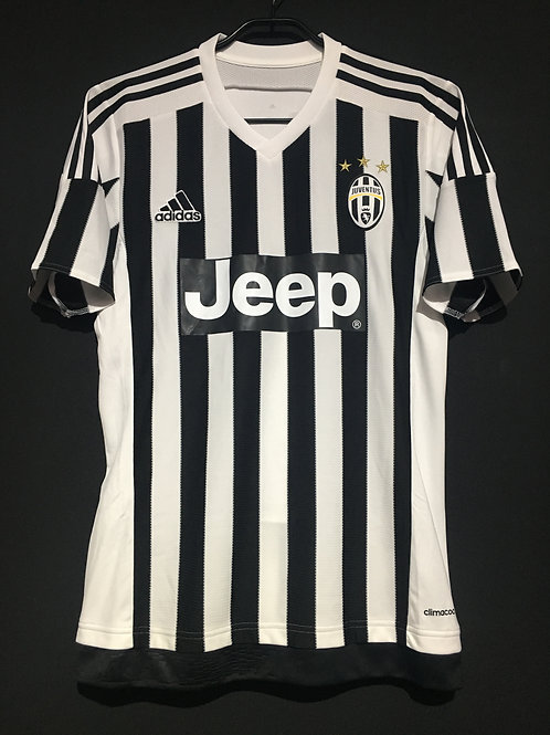 【2015/16】 / Juventus / Home